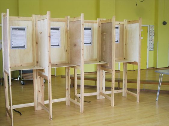 640px-Polling_Booth